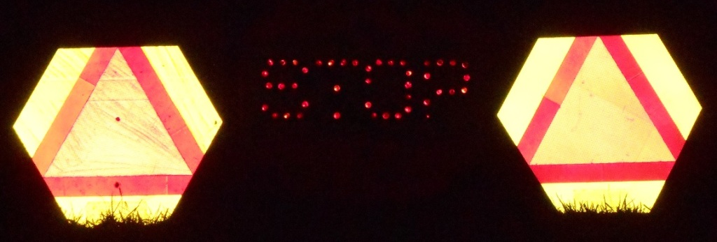 antq stop sign dim 2tct dDSCN1830